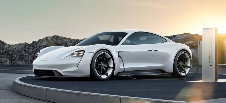 Porsche Taycan Mission E 0119 005