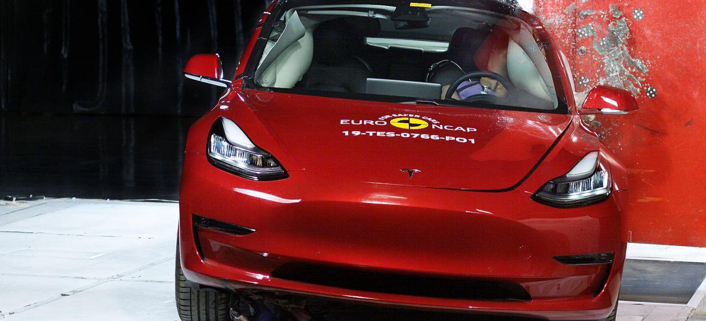 Tesla Model 3 Euroncap 0619 01