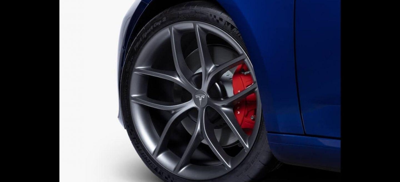 Tesla Model 3 Track Pack 0320 01