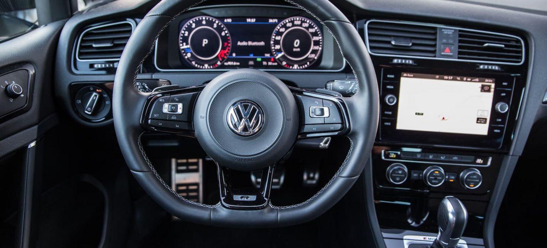 El Volkswagen Golf 2020 Sera Como Tu Movil Y Tendra Actualizaciones