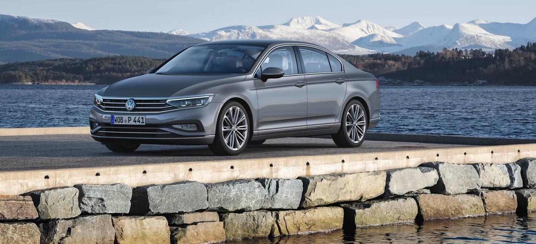 Volkswagen Passat 2019 Gris Exterior 07