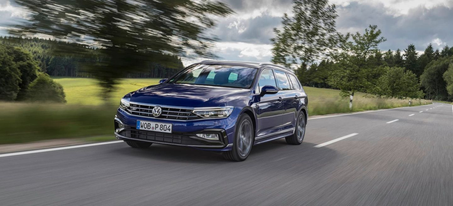 The New Volkswagen Passat Variant R Line