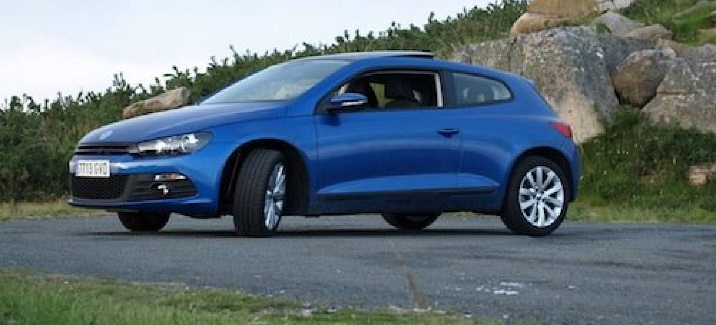 volkswagen scirocco 1 4 tsi de 160 cv vs 2 0 tdi de 140 cv mini prueba y comparativa ii. Black Bedroom Furniture Sets. Home Design Ideas