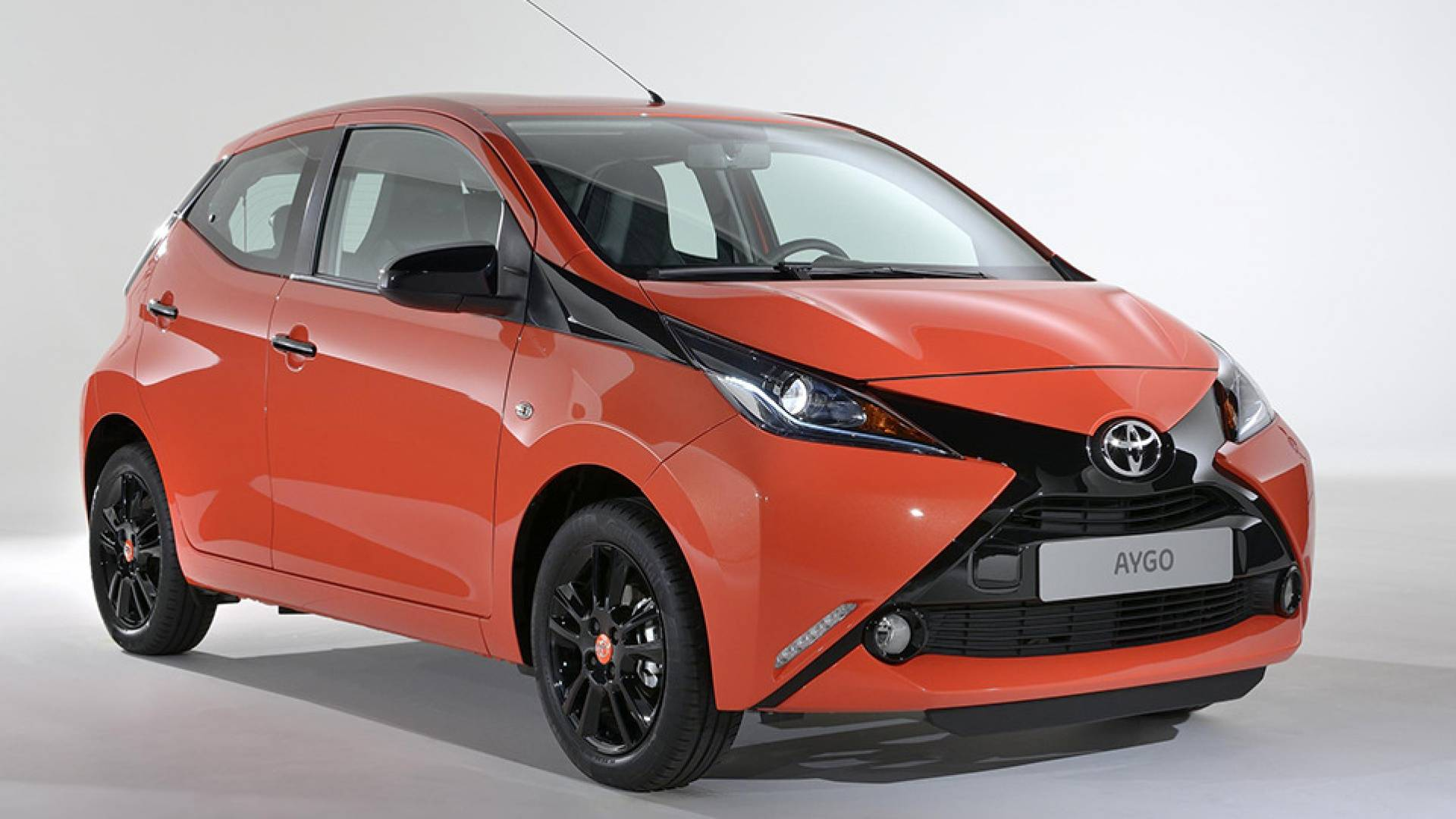 toyota aygo precios prueba ficha t cnica fotos y noticias diariomotor. Black Bedroom Furniture Sets. Home Design Ideas