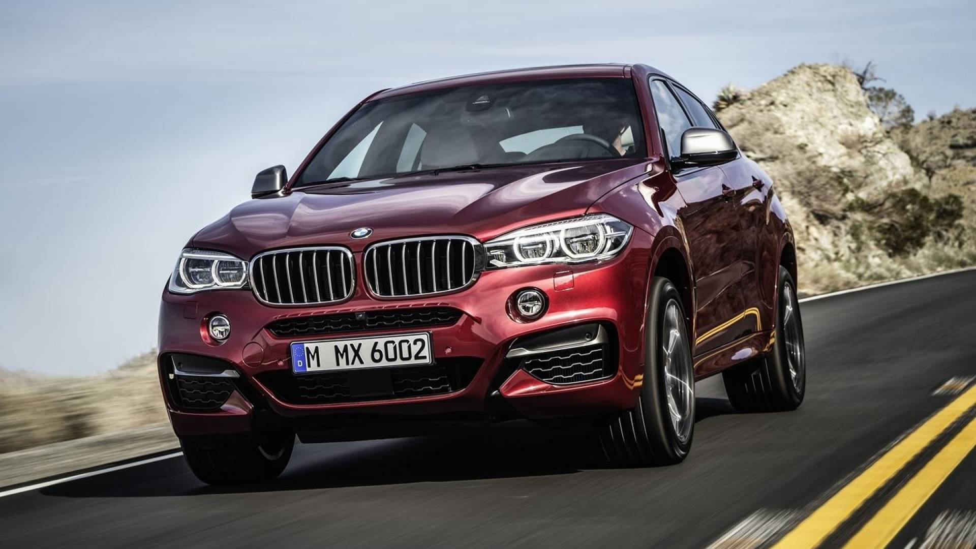 bmw x6 y x6 m precios prueba ficha t cnica fotos y noticias diariomotor. Black Bedroom Furniture Sets. Home Design Ideas