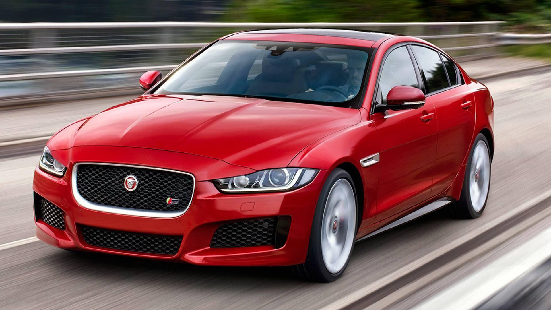 Jaguar xe precios prueba ficha t cnica y fotos for Modelos de puertas y precios