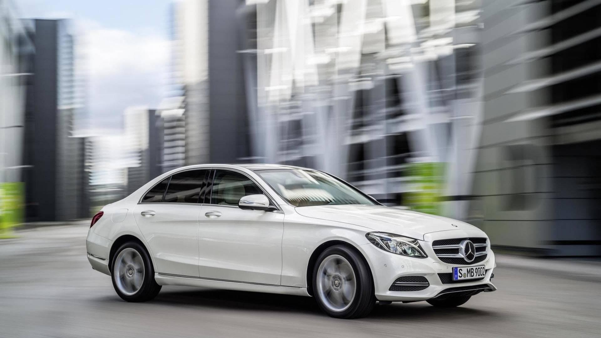 Mercedes clase c precios prueba ficha t cnica fotos y for Mercedes benz clase c 2017 precio