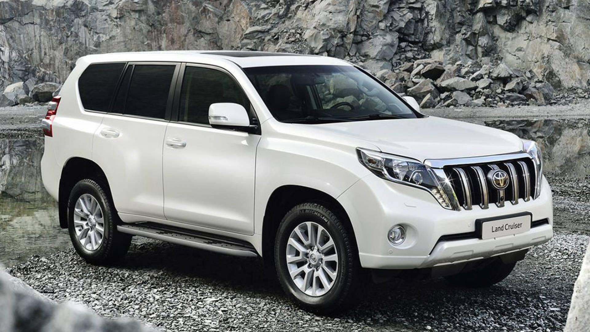 Toyota land cruiser di sel y 4x4 precios prueba ficha for Piletas intex precios y modelos