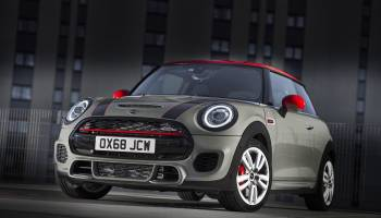 Mini John Cooper Works Jcw 2019 2 thumbnail