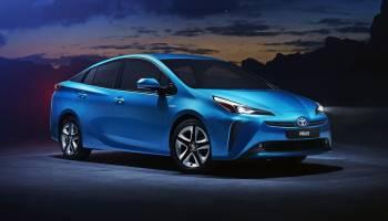Toyota Prius 2019 1218 01 thumbnail