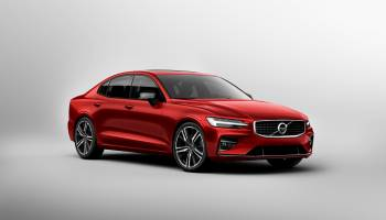 New Volvo S60 R Design Exterior thumbnail