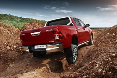 Toyota Hilux Diesel Y 4x4 Precios Prueba Ficha Tecnica Fotos Y