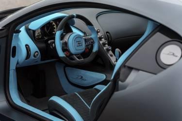 Bugatti Divo Interior Volante0119 01 018