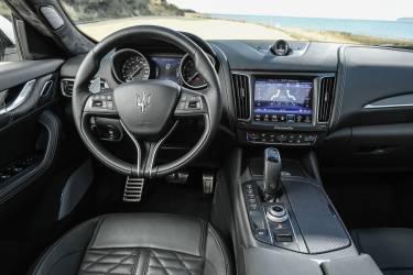 Mercedes Levante 3