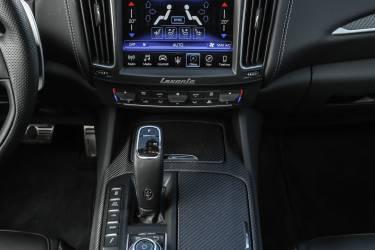 Mercedes Levante 4