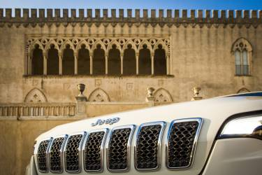 New Jeep Cherokee 2
