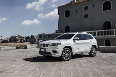New Jeep Cherokee Overland 41