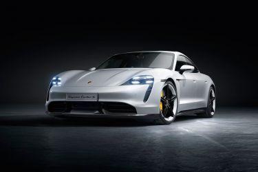 Porsche Taycan Exterior 00007