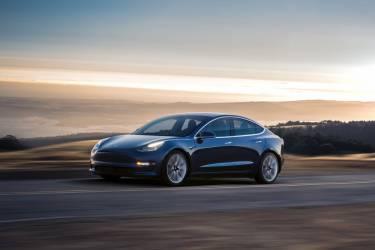 Tesla Model 3 04