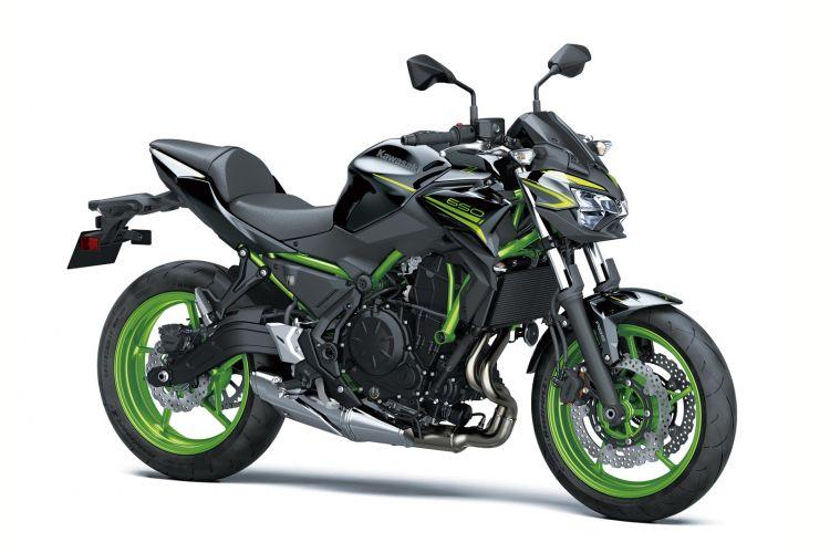 01 Kawasaki Z650 2021 Estudio Verde