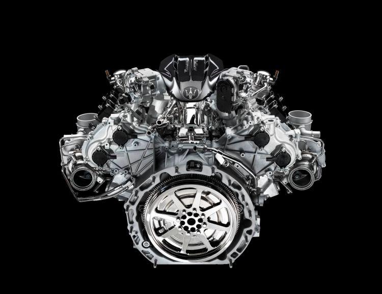 02 Maseratinettunoengine
