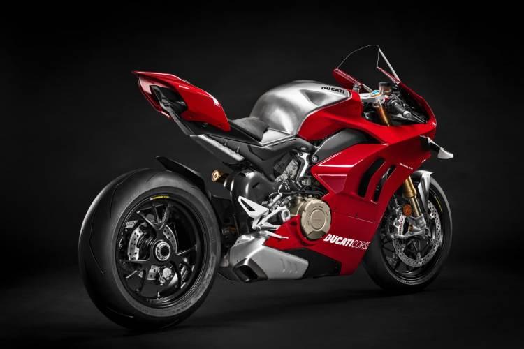 05 Ducati Panigale V4 R Uc69199 Mid