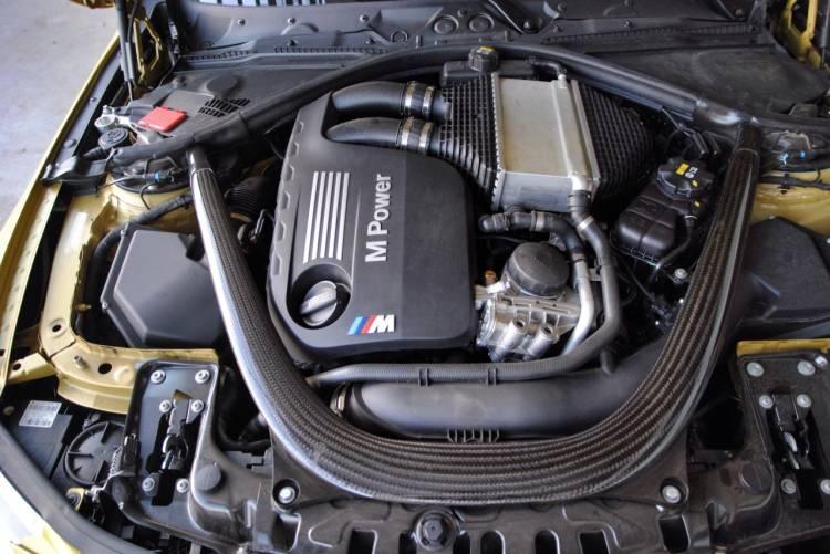 1024_prueba_BMW_m4_coupe_DM_interior_motor