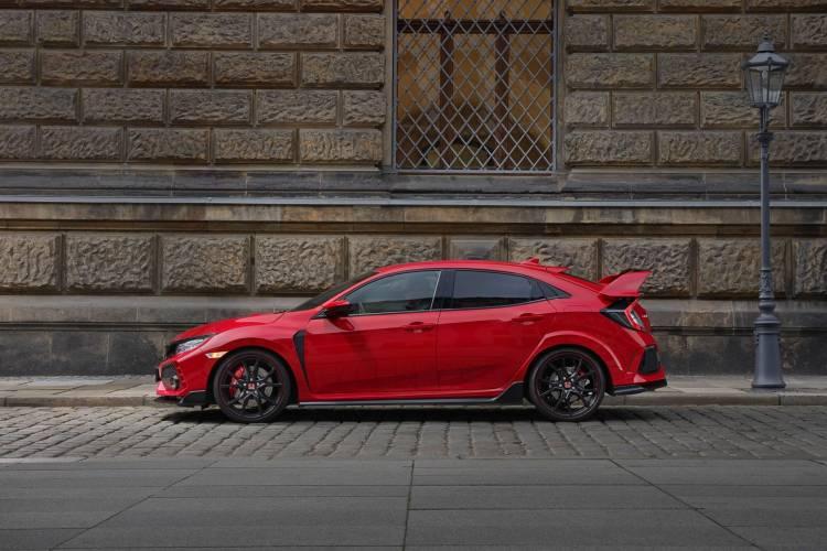 108935_2017_Honda_Civic_Type_R