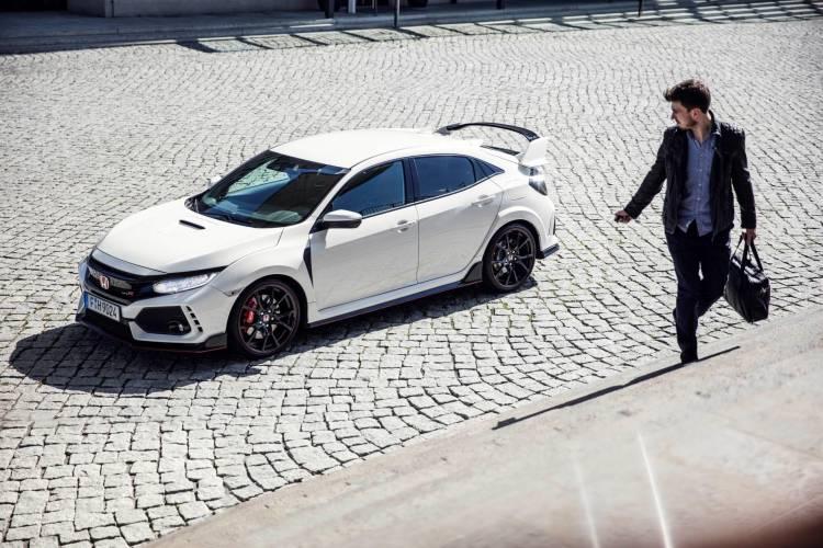 108939_2017_Honda_Civic_Type_R