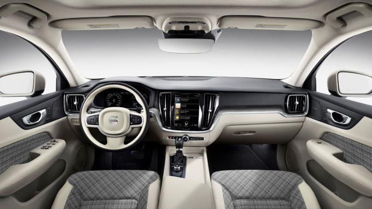 1187970 223529 New Volvo V60 Interior