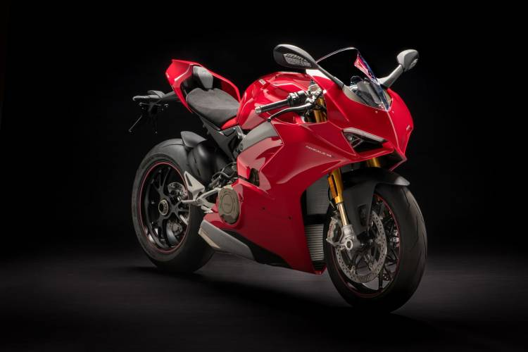 12 Panigale V4 S Uc35012 Mid