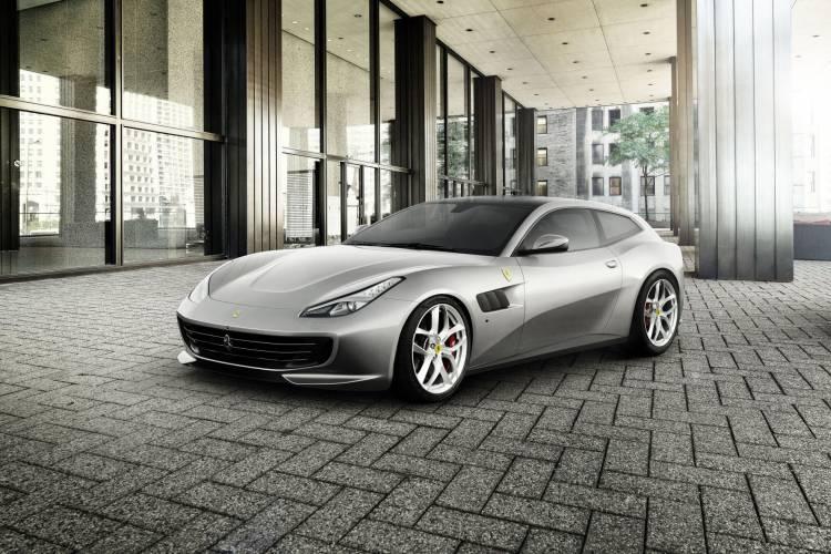 1257102_Ferrari_GTC4Lusso_T_1