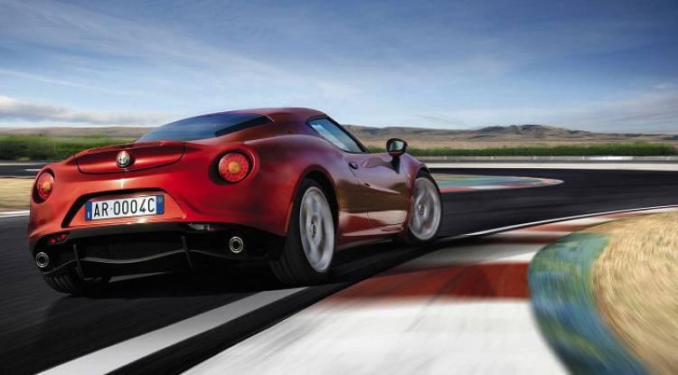Alfa Romeo 4C Spider: desvelada la sorpresa de Alfa Romeo para Ginebra