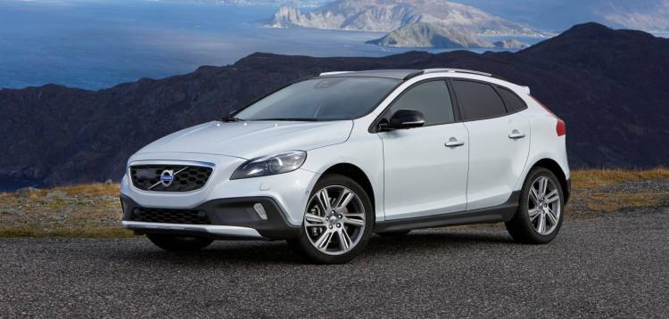 141587_Volvo_V40_Cross_Country