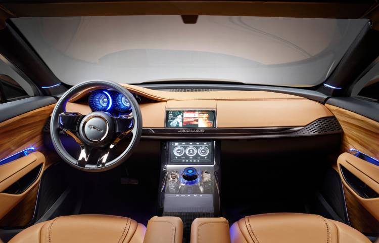 1440_Jaguar-F-Pace_Jag_C-X17_China_Interior_Image_211113_05
