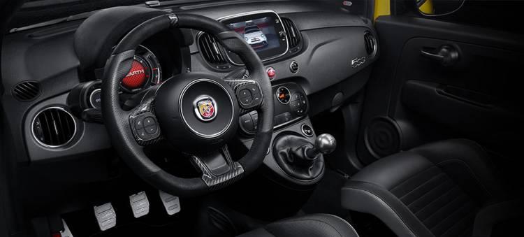 1440_interior_abarth_595_dm_1