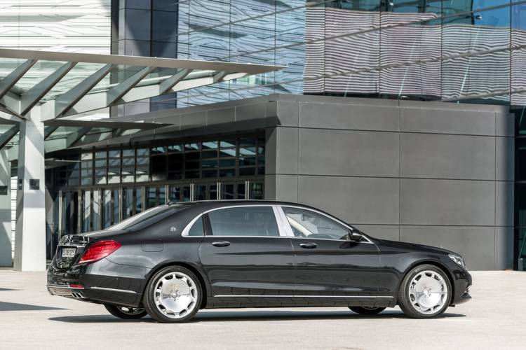 1440_mercedes-maybach-clase-s-2015-19