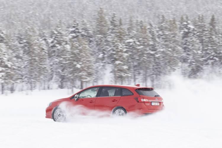 1440_subaru_snow_drive_galeria_DM_2016_57