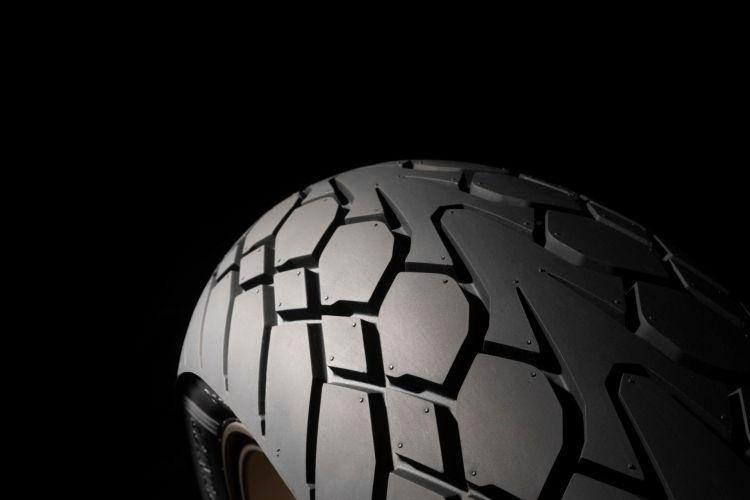 1483360 Dunlop Mutant Rear Detail 3 409228