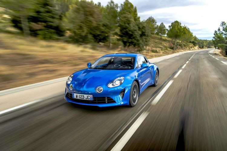 1495526_Alpine A110 - International Test Drive - Road - December 2017 (6)