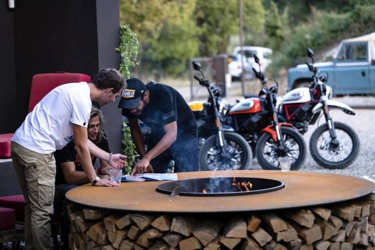 1623497 Ducati Scrambler Ambience 03 Uc67962 High