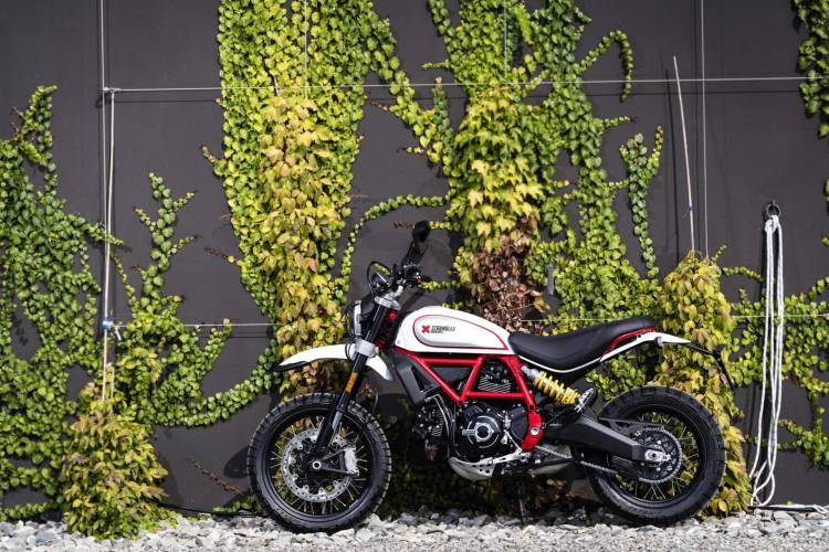 1623513 Ducati Scrambler Desert Sled Ambience 01 Uc67948 High