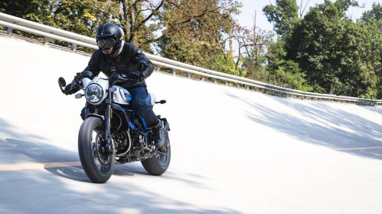 1623549 Ducati Scrambler Cafe Racer Ambience 01 Uc67947 High