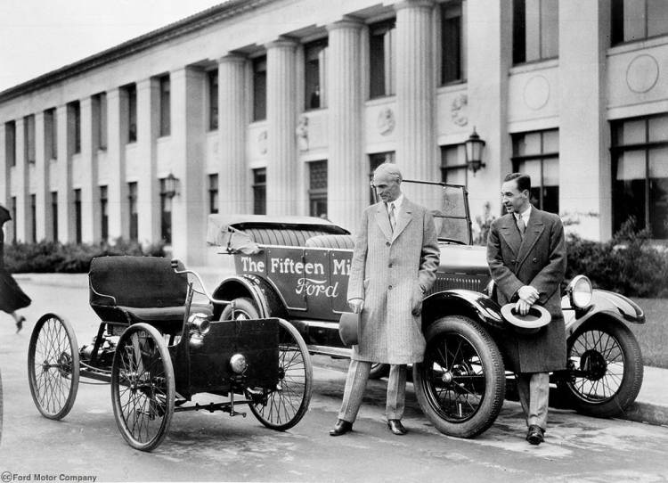 1927_ca_Henry_and_Edsel_Ford_1st_15_millionth_cars