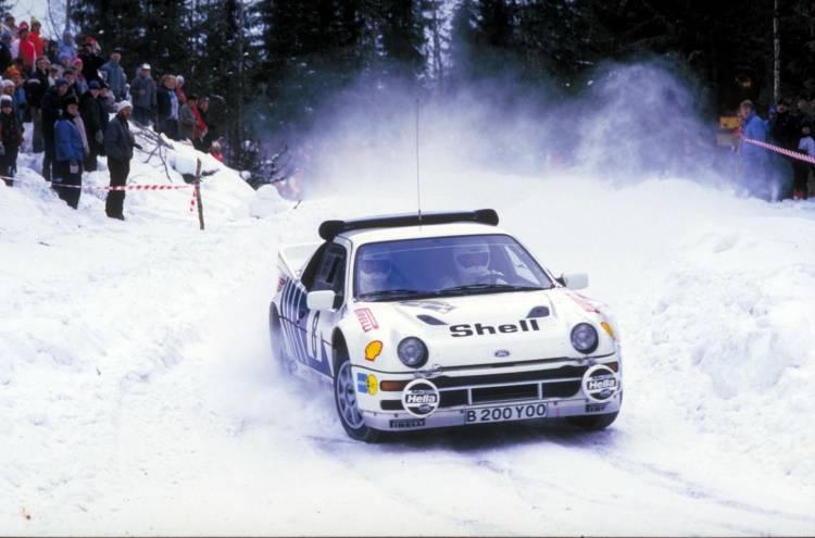 1986_RS200_rally_car