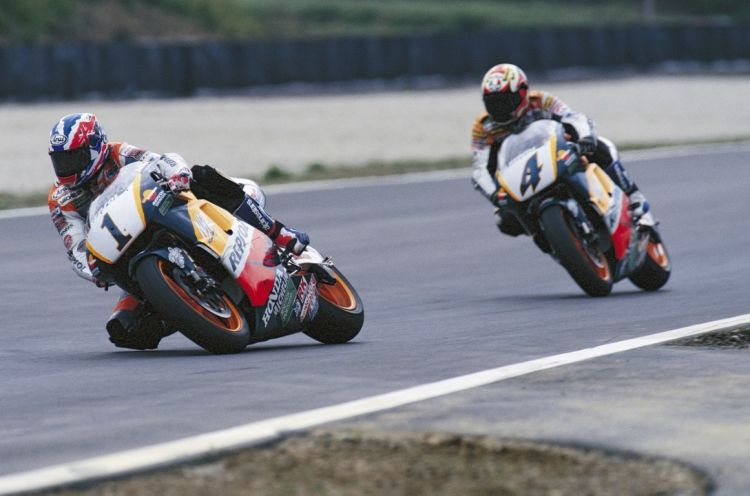 1996 A1 Ring Criville Doohan Abe Foto Repsol4 Mediano