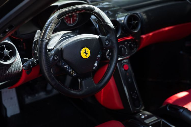 2003 Ferrari Enzo 37