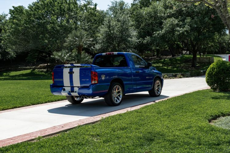 2004 Dodge Ram Srt 10 Vca Edition 1