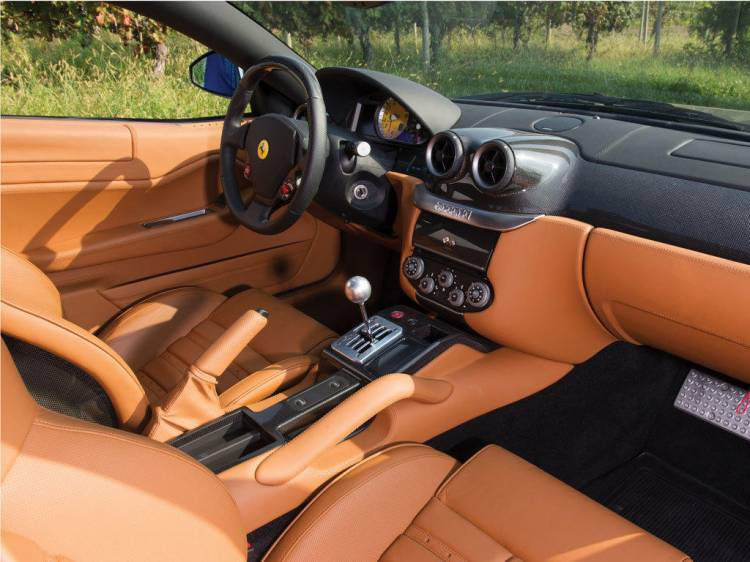 2007-ferrari-599-gtb-fiorano-manual_interior_2
