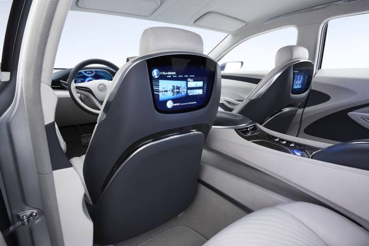 2015-Buick-Avenir-Concept-017